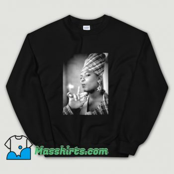 Funny Queen Latifah Hip Hop 1991 Sweatshirt